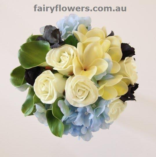 Wedding Flowers 62 Good modern grouped bridal bouquet